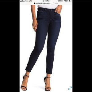 Like new Paige skinny ankle jeans size 27/4